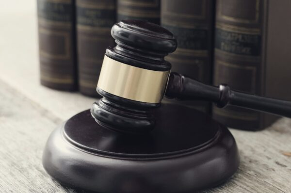 What is Commercial Litigation Law?
