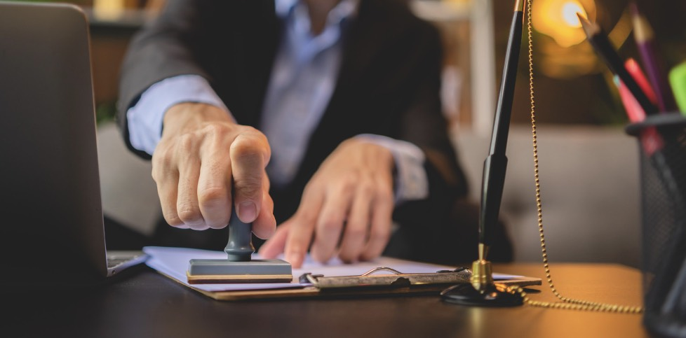 What is a business attorney